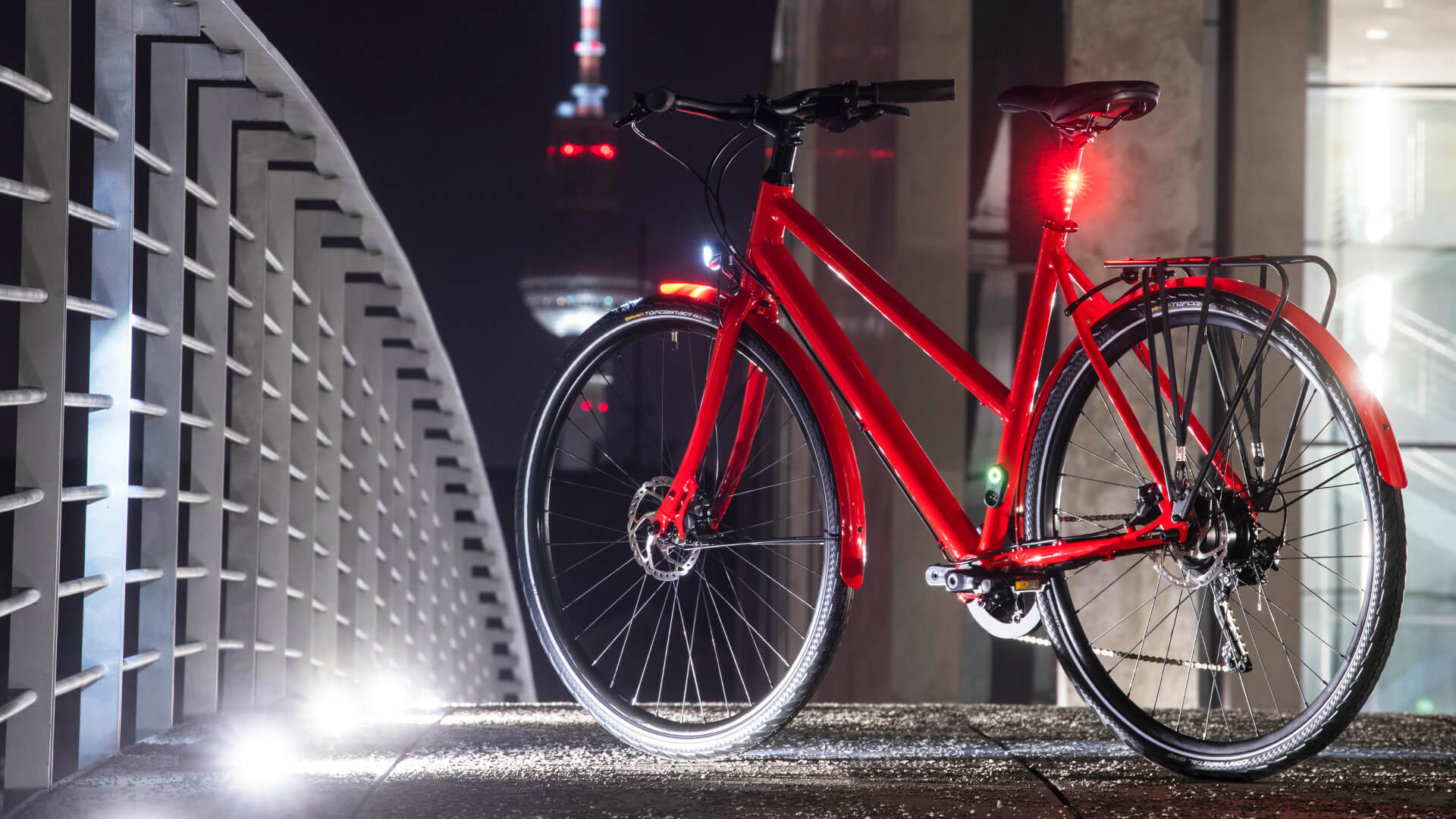 stellar in red with LED rear light